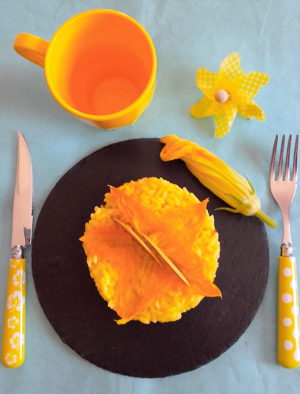 riso giallo fiori e parmiggiano